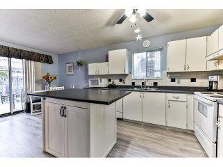 Photo 6: 6926 134 STREET in Surrey: West Newton 1/2 Duplex for sale : MLS®# R2050097