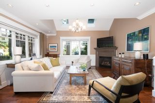Photo 3: 3359 CHESTERFIELD Avenue in North Vancouver: Upper Lonsdale House for sale : MLS®# R2624884