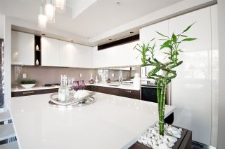 Photo 3: 2304 1055 HOMER STREET in Vancouver: Yaletown Condo for sale (Vancouver West)  : MLS®# R2288224