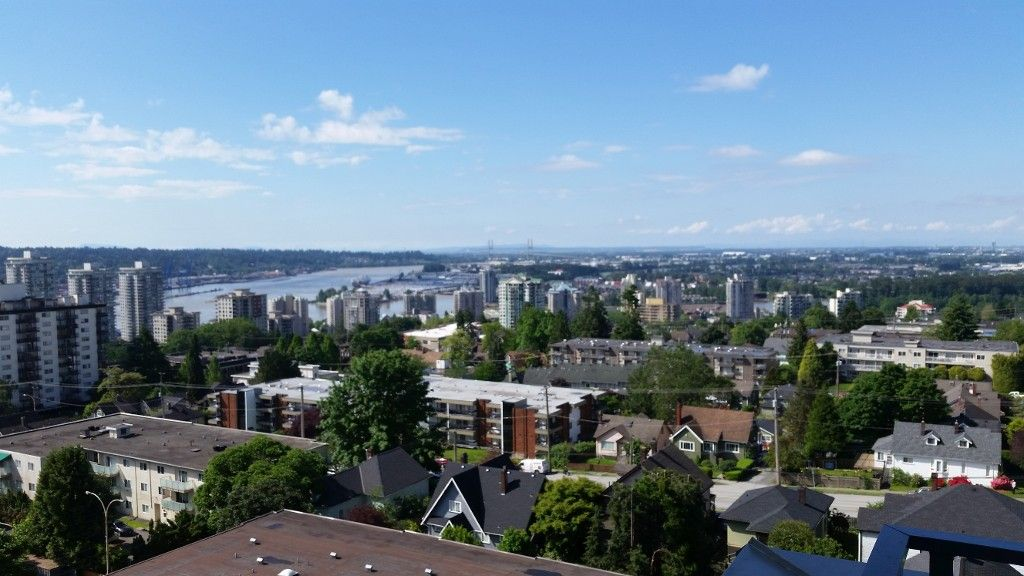 Photo 2: Photos: 1001 258 Sixth Street in New Westminster: Uptown NW Condo for sale : MLS®# r2161093