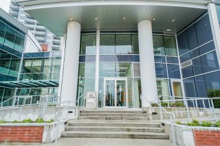 "Photo 16: 2411 13308 CENTRAL Avenue in Surrey: Whalley Condo for sale in ""Evolve"" (North Surrey)  : MLS®# R2448103"