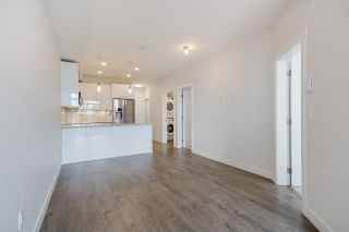 """Photo 7: 418 20696 EASTLEIGH Crescent in Langley: Langley City Condo for sale in """"The Georgia"""" : MLS®# R2574305"""
