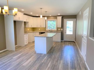 Photo 4: 136 5th Avenue Southwest in Dauphin: Southwest Residential for sale (R30 - Dauphin and Area)  : MLS®# 202110889