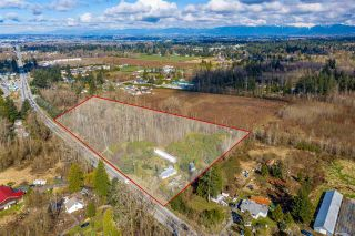 Main Photo: 24183 FRASER Highway in Langley: Salmon River House for sale : MLS®# R2586002