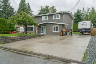 Photo 2: 2170 MOSS Court in Abbotsford: Abbotsford East House for sale : MLS®# R2470051