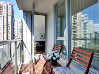 """Photo 11: 1001 1010 RICHARDS Street in Vancouver: Yaletown Condo for sale in """"THE GALLERY"""" (Vancouver West)  : MLS®# R2584548"""