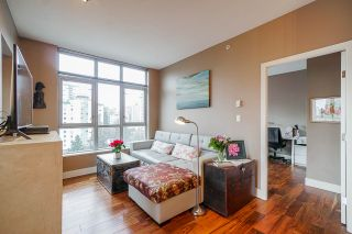 Photo 7: 801 1050 SMITHE STREET in Vancouver: West End VW Condo for sale (Vancouver West)  : MLS®# R2527414