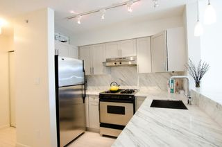 Photo 11: 405 2181 WEST 12TH AVENUE in Carlings: Home for sale