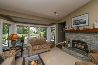 Photo 11: 5950 Mosley Rd in : CV Courtenay North House for sale (Comox Valley)  : MLS®# 878476