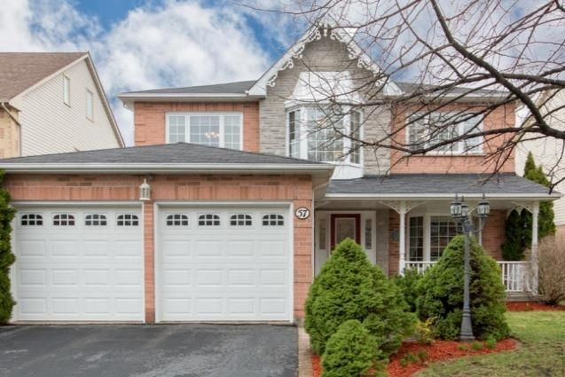 Main Photo: 57 Lahaye Drive in Whitby: Lynde Creek House (2-Storey) for sale : MLS®# E4043438