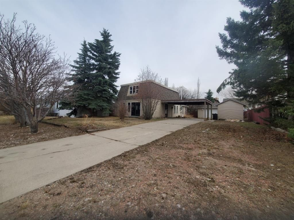 Main Photo: 29 West Heights Drive: Didsbury Detached for sale : MLS®# A1105203