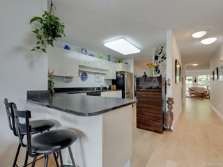 Photo 9: 28 5110 Cordova Bay Rd in : SE Cordova Bay Row/Townhouse for sale (Saanich East)  : MLS®# 850325
