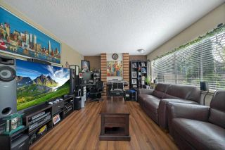 """Photo 4: 2651 WESTVIEW Drive in North Vancouver: Upper Lonsdale Townhouse for sale in """"CYPRESS GARDENS"""" : MLS®# R2587577"""