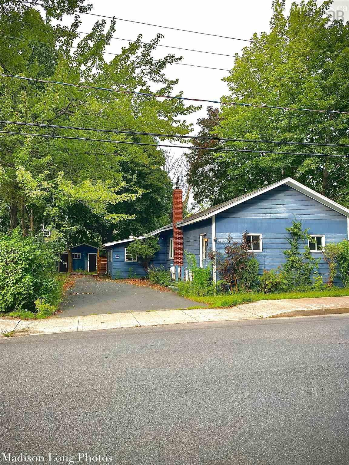 Main Photo: 175 Albert Street in Windsor: 403-Hants County Residential for sale (Annapolis Valley)  : MLS®# 202120791