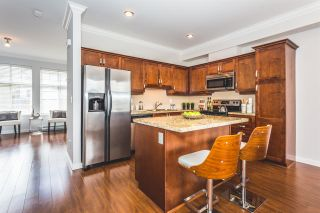 """Photo 2: 22 14462 61A Avenue in Surrey: Sullivan Station Townhouse for sale in """"RAVINA"""" : MLS®# R2158057"""