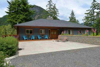 Photo 4: 12853 SUNSHINE COAST Highway in Sechelt: Pender Harbour Egmont House for sale (Sunshine Coast)  : MLS®# R2435860