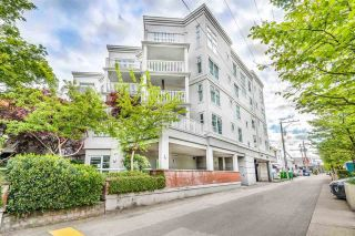 Photo 4: 218 147 E 1ST Street in North Vancouver: Lower Lonsdale Condo for sale : MLS®# R2584132