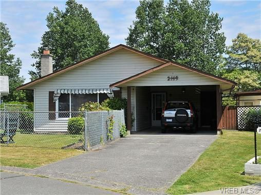 Main Photo: 2119 Redwing Pl in SIDNEY: Si Sidney South-West House for sale (Sidney)  : MLS®# 644053