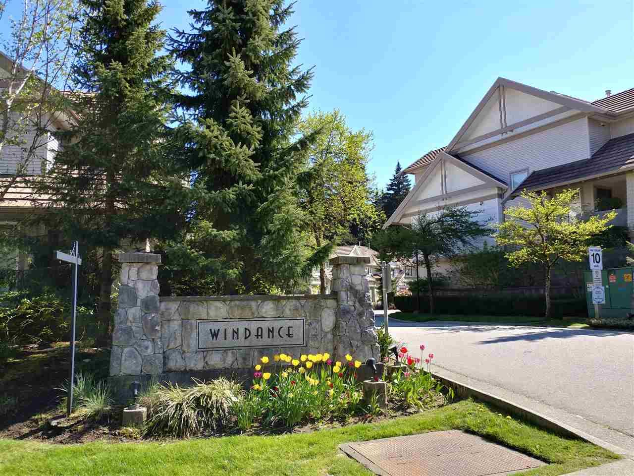 """Main Photo: 25 2351 PARKWAY Boulevard in Coquitlam: Westwood Plateau Townhouse for sale in """"WINDANCE"""" : MLS®# R2545095"""