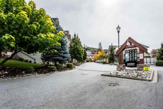 Photo 1: 58 46840 RUSSELL Road in Sardis: Promontory Townhouse for sale : MLS®# R2388930