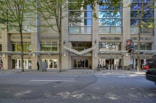 """Photo 1: 1305 938 SMITHE Street in Vancouver: Downtown VW Condo for sale in """"ELECTRIC AVENUE"""" (Vancouver West)  : MLS®# R2491413"""