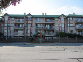 """Photo 1: 443 22661 LOUGHEED Highway in Maple Ridge: East Central Condo for sale in """"GOLDEN EARS GATE"""" : MLS®# V1086025"""