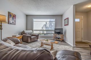 Photo 10: 14 5625 Silverdale Drive NW in Calgary: Silver Springs Row/Townhouse for sale : MLS®# A1153213