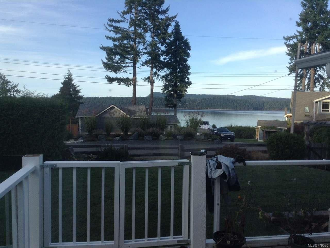 Main Photo: 5095 LONGVIEW DRIVE in BOWSER: PQ Bowser/Deep Bay House for sale (Parksville/Qualicum)  : MLS®# 779520