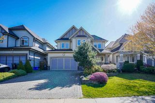 Photo 2: 7258 201 Street in Langley: Willoughby Heights House for sale : MLS®# R2566899
