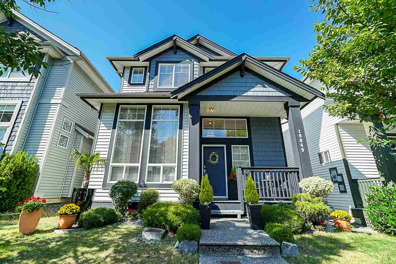 """Main Photo: 19849 69B Avenue in Langley: Willoughby Heights House for sale in """"Providence"""" : MLS®# R2394300"""