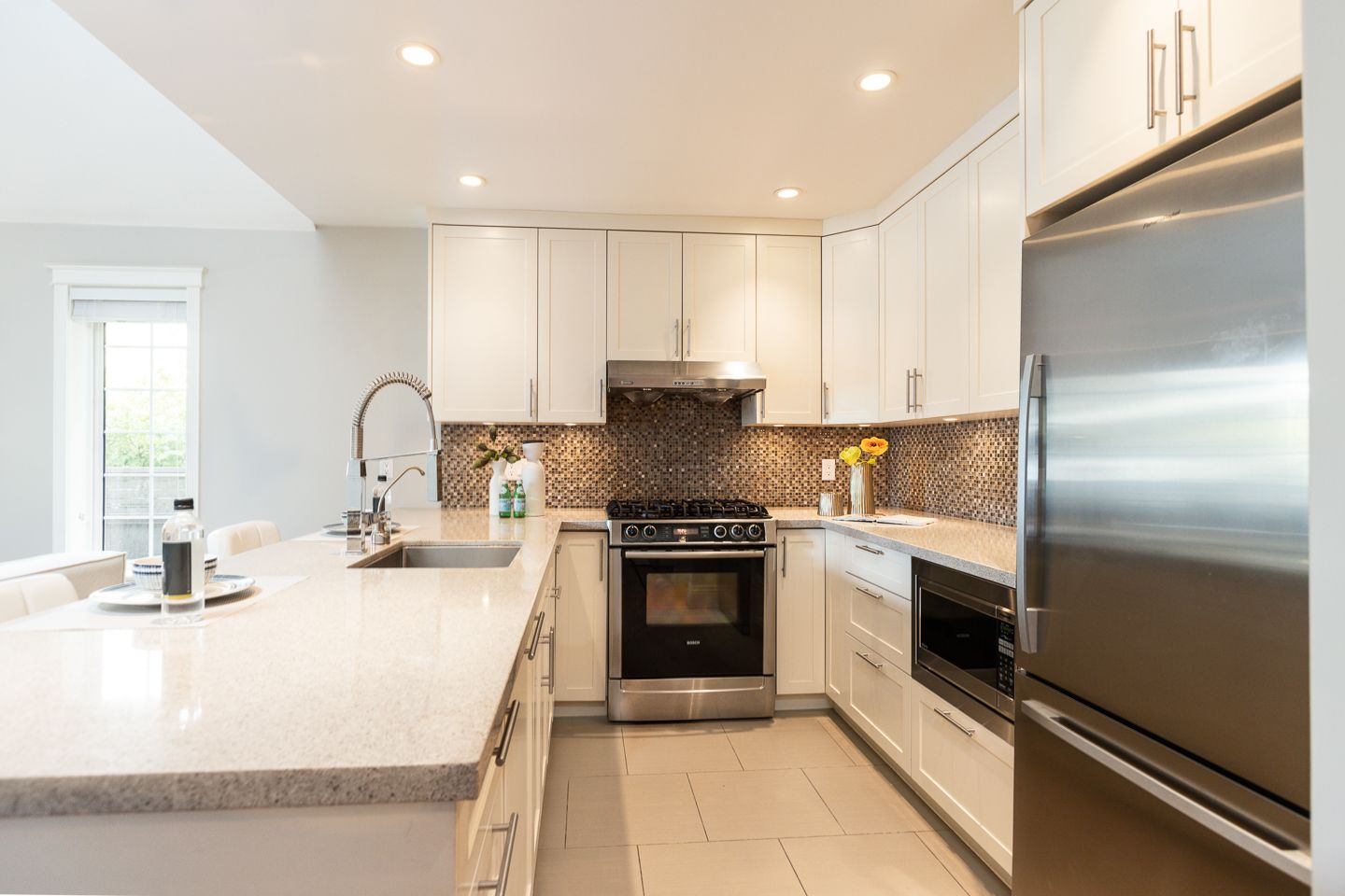 Photo 7: Photos: 2267 WEST 13TH AV in VANCOUVER: Kitsilano 1/2 Duplex for sale (Vancouver West)  : MLS®# R2407976