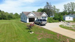 Photo 3: 118 Clements Street in Shelburne: 407-Shelburne County Residential for sale (South Shore)  : MLS®# 202107282