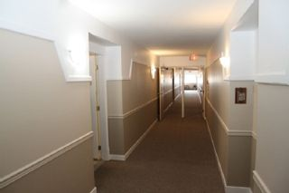 "Photo 24: 305 31930 OLD YALE Road in Abbotsford: Abbotsford West Condo for sale in ""Royal Court"" : MLS®# R2544140"