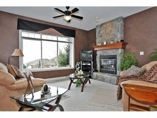 Photo 3: 2665 GOODBRAND Drive in Abbotsford: Abbotsford East House for sale : MLS®# F1307685