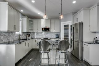 Photo 14: 4314 VETERANS Way in Edmonton: Griesbach House for sale