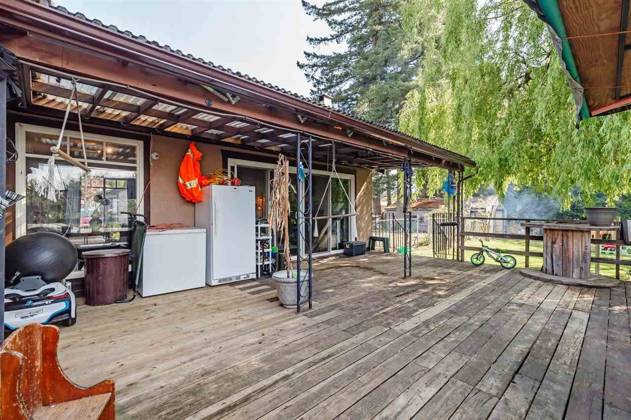 Photo 28: Photos: 8042 CEDAR Street in Mission: Mission BC House for sale : MLS®# R2579765