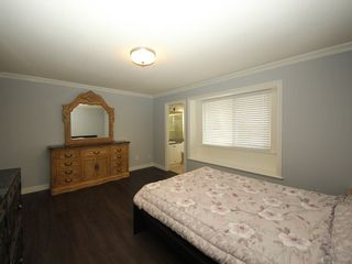 Photo 9: A 1042 CHARLAND Avenue in Coquitlam: Central Coquitlam 1/2 Duplex for sale : MLS®# R2257385