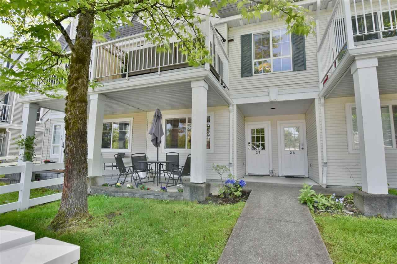 "Main Photo: 27 8930 WALNUT GROVE Drive in Langley: Walnut Grove Townhouse for sale in ""Highland Ridge"" : MLS®# R2409758"