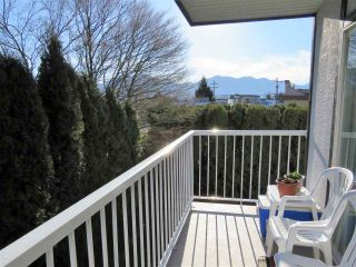 """Photo 11: 218 45669 MCINTOSH Drive in Chilliwack: Chilliwack W Young-Well Condo for sale in """"McIntosh Village"""" : MLS®# R2331709"""