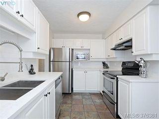 Photo 11: 406 1500 Elford St in VICTORIA: Vi Fernwood Condo for sale (Victoria)  : MLS®# 755566