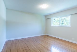 Photo 11: 949 THERMAL Drive in Coquitlam: Chineside House for sale : MLS®# R2262465