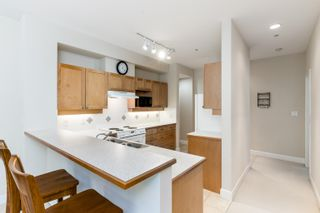 """Photo 16: 203 6198 ASH Street in Vancouver: Oakridge VW Condo for sale in """"The Grove 6198 Ash"""" (Vancouver West)  : MLS®# R2614969"""