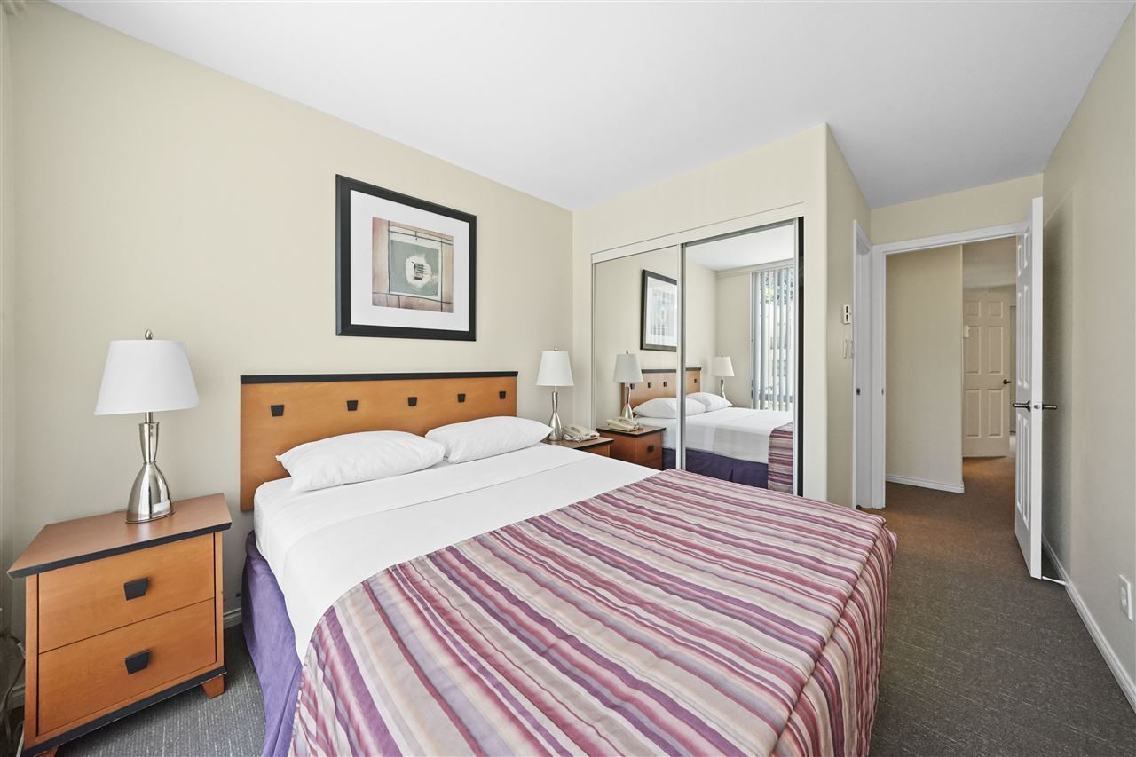 """Photo 14: Photos: 405 910 BEACH Avenue in Vancouver: Yaletown Condo for sale in """"MERIDIAN"""" (Vancouver West)  : MLS®# R2534010"""