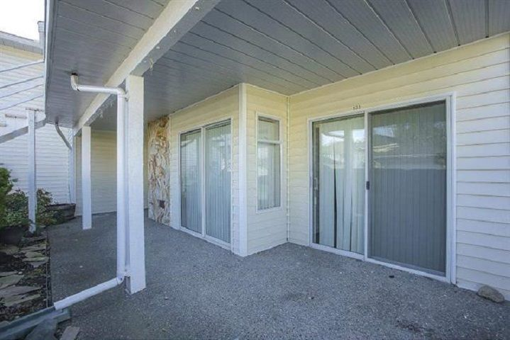"Photo 12: Photos: 131 7156 121 Street in Surrey: West Newton Townhouse for sale in ""Glenwood Village Scotttsdale"" : MLS®# R2556471"