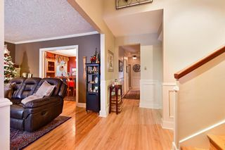 Photo 8: 3207 ALFEGE Street SW in Calgary: Upper Mount Royal Detached for sale : MLS®# A1055978