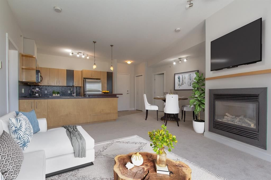 Main Photo: 328 69 Springborough Court SW in Calgary: Springbank Hill Apartment for sale : MLS®# A1124627
