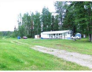 """Photo 2: 6735 SALMON VALLEY Road in Salmon_Valley: N76SV Manufactured Home for sale in """"SALMON VALLEY"""" (PG Rural North (Zone 76))  : MLS®# N174141"""