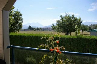 """Photo 10: 202 45504 MCINTOSH Drive in Chilliwack: Chilliwack W Young-Well Condo for sale in """"Vista View"""" : MLS®# R2209228"""