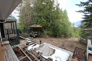 Photo 14: 5291 Meadow Creek Crescent in Celista: North Shuswa House for sale (Shuswap)  : MLS®# 10155135