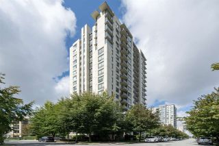 "Photo 3: 212 3588 CROWLEY Drive in Vancouver: Collingwood VE Condo for sale in ""Nexus"" (Vancouver East)  : MLS®# R2497737"